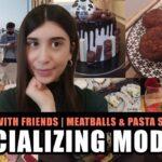 Κοινωνικοποίηση εν μέσω καραντίνας| Συνταγή για Μακαρονοσαλάτα & Αφράτα Μπιφτεκάκια | CozyDarling
