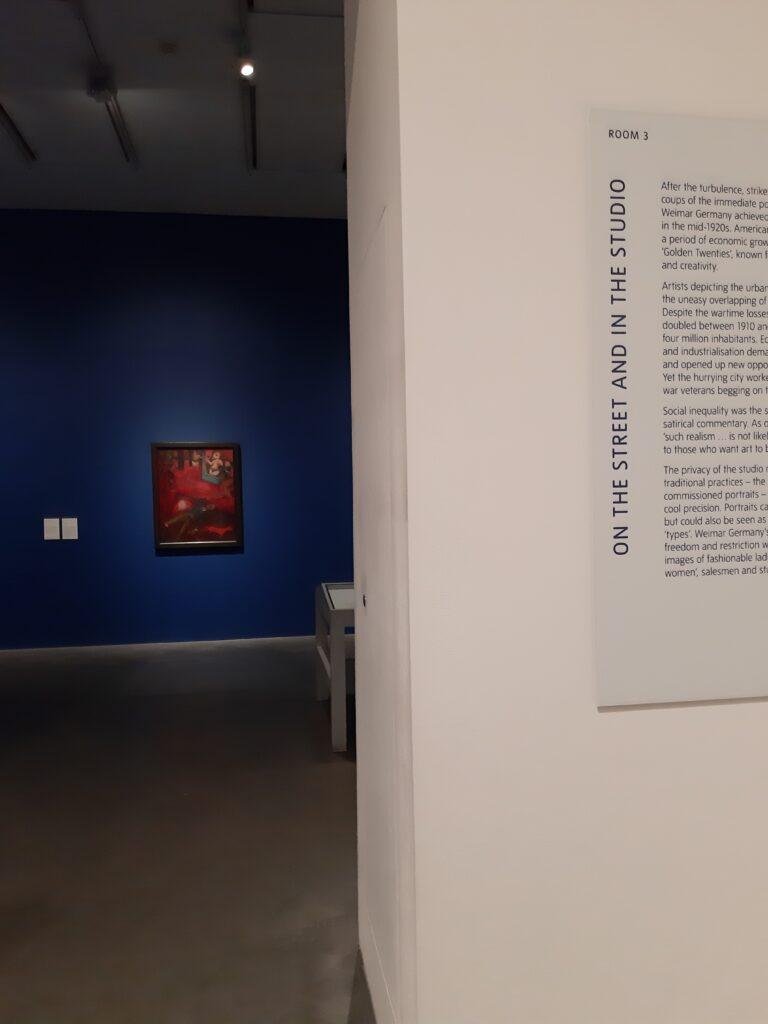 Ποια είναι η θέση της τέχνης στη ζωή μας εν έτει 2021; Μπορεί πολλοί από εμάς να μην επισκεπτόμαστε συχνά ένα μουσείο ή μια gallery, αλλά η αλήθεια είναι ότι η τέχνη βρίσκεται παρούσα σε πολλές καθημερινές μας δραστηριότητες. Έχετε αναρωτηθεί ποτέ πώς θα περνούσατε την καραντίνα χωρίς ταινίες, μουσική, βιβλία και ζωγραφική;