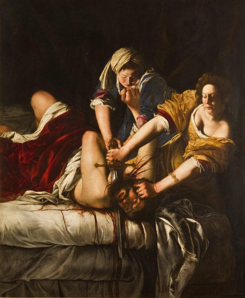 Δε χρειάζεται να είσαι γνώστης της ιστορίας της τέχνης για να ξέρεις πως στους κλασικούς πίνακες πολύ σπάνια συναντάς υπογραφές με γυναικεία ονόματα. Ένα τέτοιο όνομα που έγραψε ιστορία τον 17ο αιώνα ήταν η Αρτεμίσια Τζεντιλέσκι. Στην εποχή μας συγκαταλέγεται στους σπουδαιότερους εκπροσώπους του πρώιμου μπαρόκ και θεωρείται η πιο ικανή ακόλουθος του Καραβάτζιο. Στενά συνδεδεμένη με το φεμινιστικό κίνημα, η Αρτεμισία ζωγραφίζει σκληρούς, ρεαλιστικούς πίνακες με γυναίκες πρωταγωνίστριες που εναντιώνονται με θάρρος στην πατριαρχική συνθήκη.
