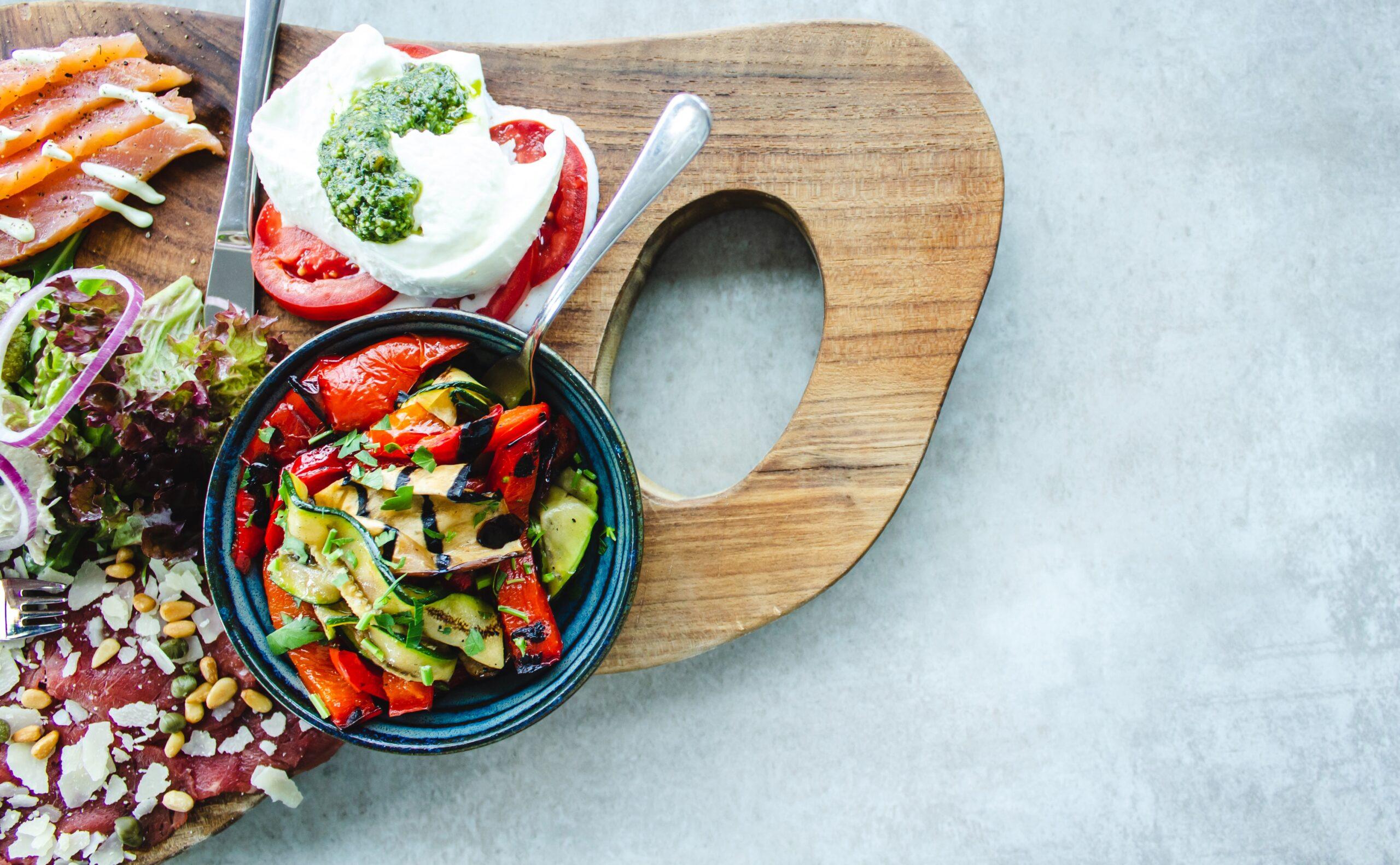 φαγητό σε πιάτο / food in plate
